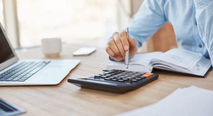 Tax Professional for VAT Deregistration in UAE